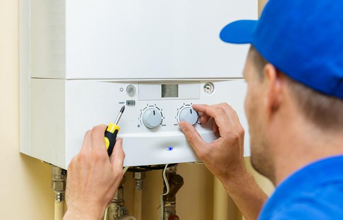 Travaux d'installation de chaudière gaz
